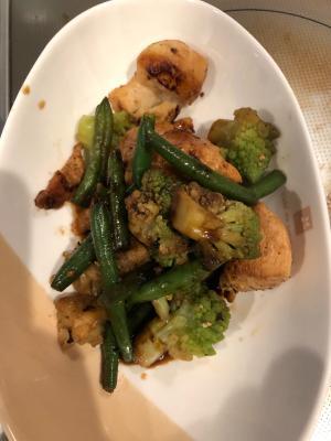 鶏肉とロマネスコの炒め物〜バルサミコ風味〜