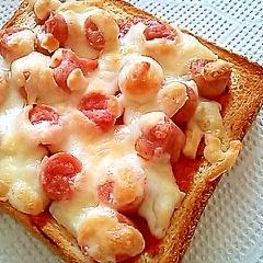 朝食に♪ウインナーでピザトースト