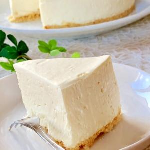 ふんわり軽い口当たり♡レアチーズケーキ