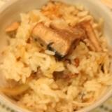 <手間なし>秋刀魚の缶詰で炊き込みご飯
