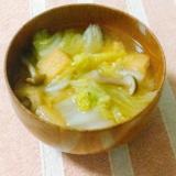 冬の定番!白菜ときのこの簡単お味噌汁