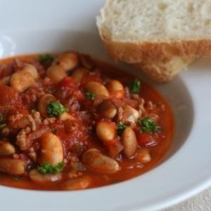 トラ豆で、チリコンカルネ風
