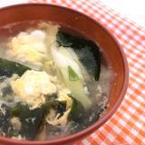 ふわふわ卵とネギのスープ