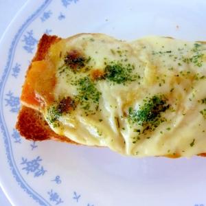 ☆残ったシチューで♪カレーシチューチーズトースト☆