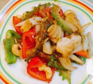 白身魚とカシューナッツの豆板醤炒め