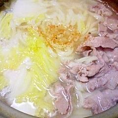 豚と白菜の鶏だし鍋うどん