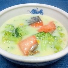 鮭とブロッコリのおかずスープ