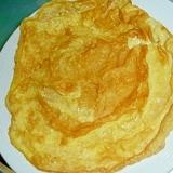 マヨネーズと片栗粉で破れない、くっつかない薄焼き卵