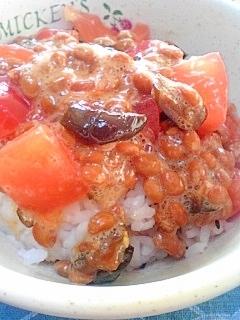 納豆の食べ方-キューちゃん&トマト♪