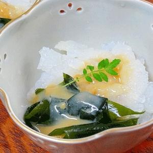 さっぱり小鉢☆ 「生クラゲとワカメ酢味噌和え」