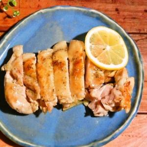 鶏もも肉のハーブソルト焼き