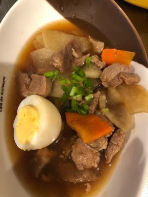 豚すね肉と根菜照り煮