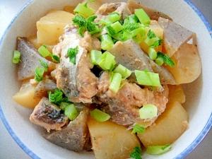 大根とサバ缶こんにゃくの味噌煮