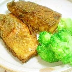 フライパンで簡単!鯖のカレー焼き