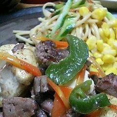 鶏レバーと豆腐のにんにく炒め