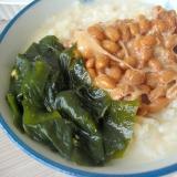 煮わかめと納豆のご飯