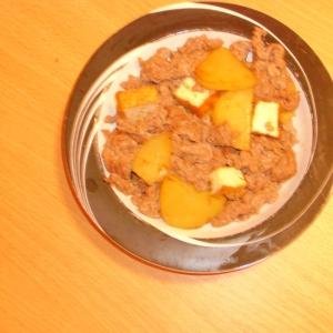 牛肉とじゃがいも豆腐のニンニクマヨ炒め