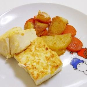 *豆腐とじゃがいもとにんじんのソース炒め*