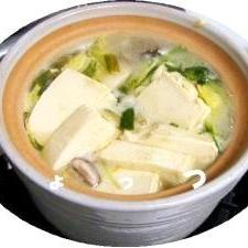 鶏団子で作る うまみたっぷりしょっつる鍋