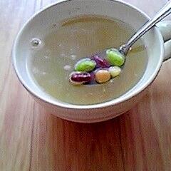 豆とコーンのスープ