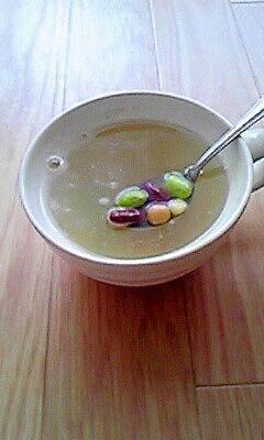 簡単☆豆とコーンの彩りスープ