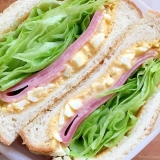 レタス&ハムとタルタルソース サンドイッチ♪