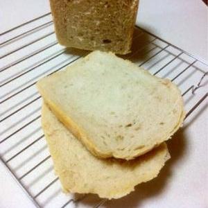 自家製酵母★食パン。元種法①