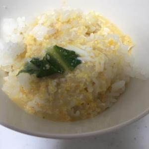 ロメインレタスの玉子丼╰(*´︶`*)╯♡