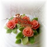 まるごといちごのドームケーキ