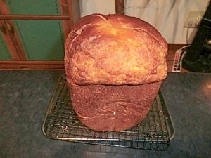 HBで生しょうゆ糀パン