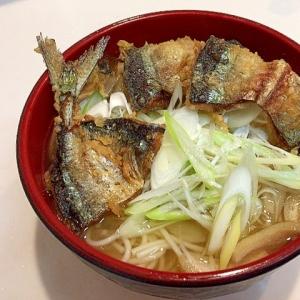 旬に美味しいです☆つるっつるの秋刀魚天にゅう麺