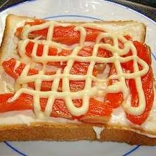 クリームチーズとサーモンのトースト
