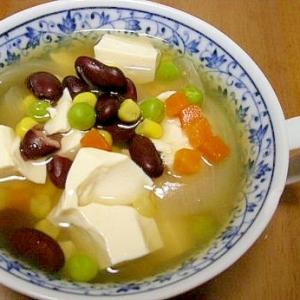 レッドキドニービーンズと豆腐のスープ