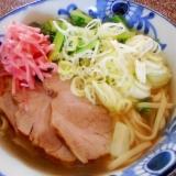 煮豚とターサイの沖縄そば