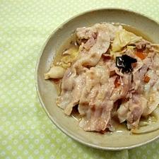 豚肉とキャベツの蒸し焼き