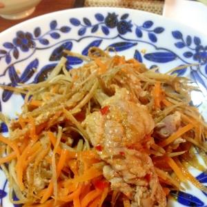 豚ばら肉と野菜のチョイ辛ゴマ味噌蒸し