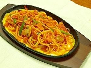 卵でまろやか、鉄板ナポリタンスパゲッティ