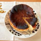簡単♡混ぜて焼くだけのバスクチーズケーキ