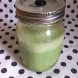 ごまと小松菜の豆乳のグリーンスムージー