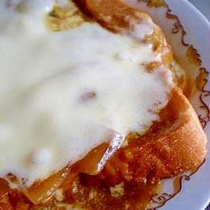 カレーリメイクレシピ☆ 食パンでカレー味グラタン風