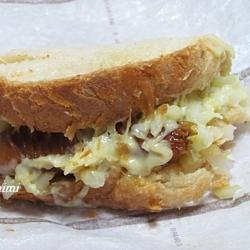 にんにくソーセージとキャベツの食パンピザ 3115