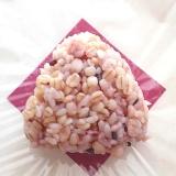 【簡単・ヘルシー】ひじきの雑穀米おにぎり