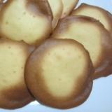 卵・砂糖・小麦粉・牛乳で作れるおやつ★卵せんべい
