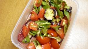 焼き野菜のドレッシング漬け