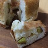 タミさんのパン焼き器でサツマイモとチーズのパン