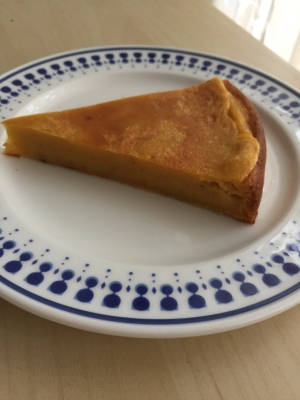 サツマイモとニンジンのケーキ