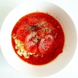 トマトたっぷり トマトラーメン