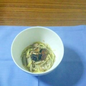 ヨウサマの「タニタ式」ダイエット食 鳥汁飯