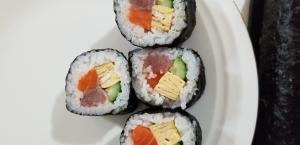 海鮮巻き寿司