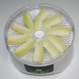 簡単☆めちゃ甘☆食品乾燥機でドライメロン
